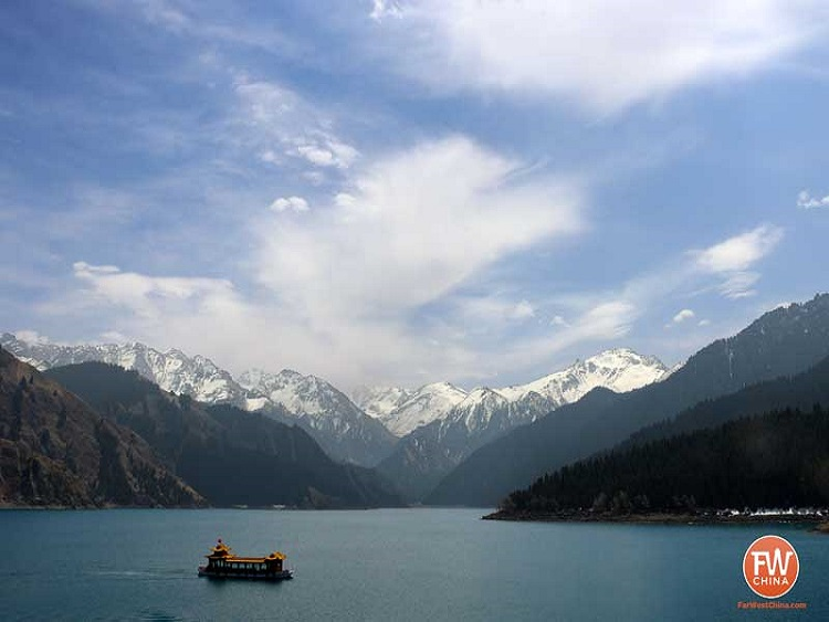 Xinjiang is home to beautiful, natural scenery.