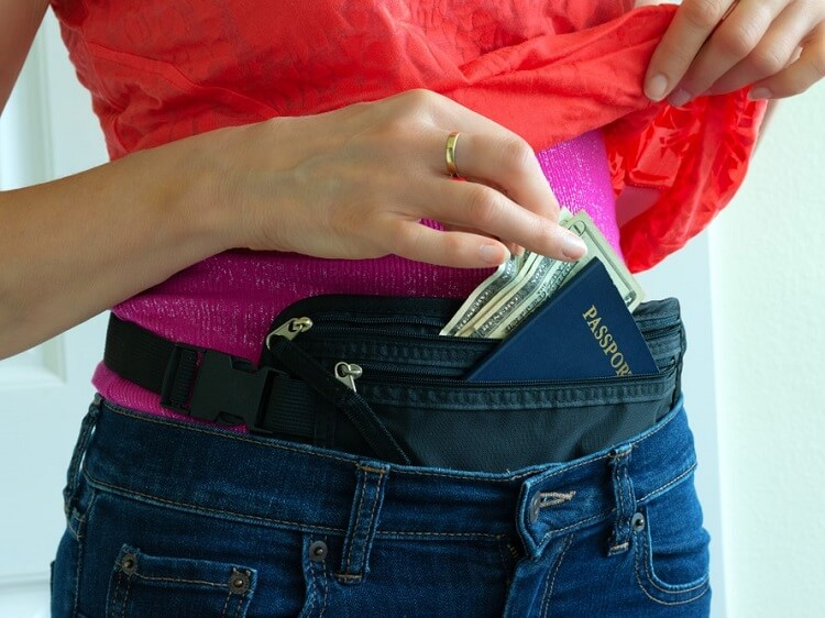 Do not bring a money belt to China