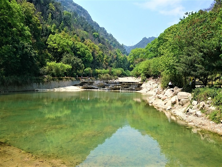 Fuzhou is surrounded by mountains and lovely for expats and ESL teachers