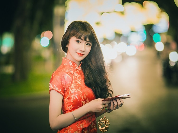 When dating in China you will find that girls are shy