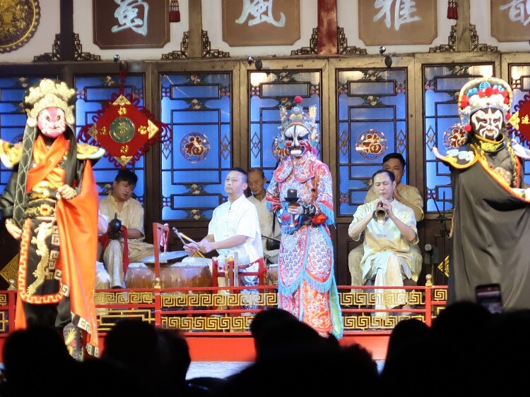 Something to do in Chengdu is watch the Sichuan Opera