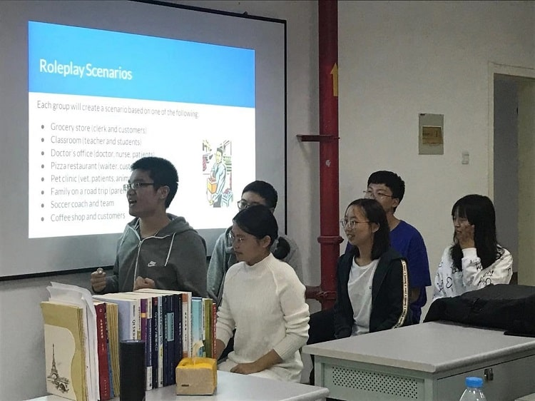 Fun speaking activities for the Chinese university classroom